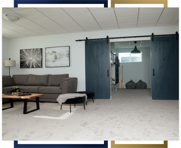 Windmill_Harbour_modern_living_room_with_blue_barn_doors